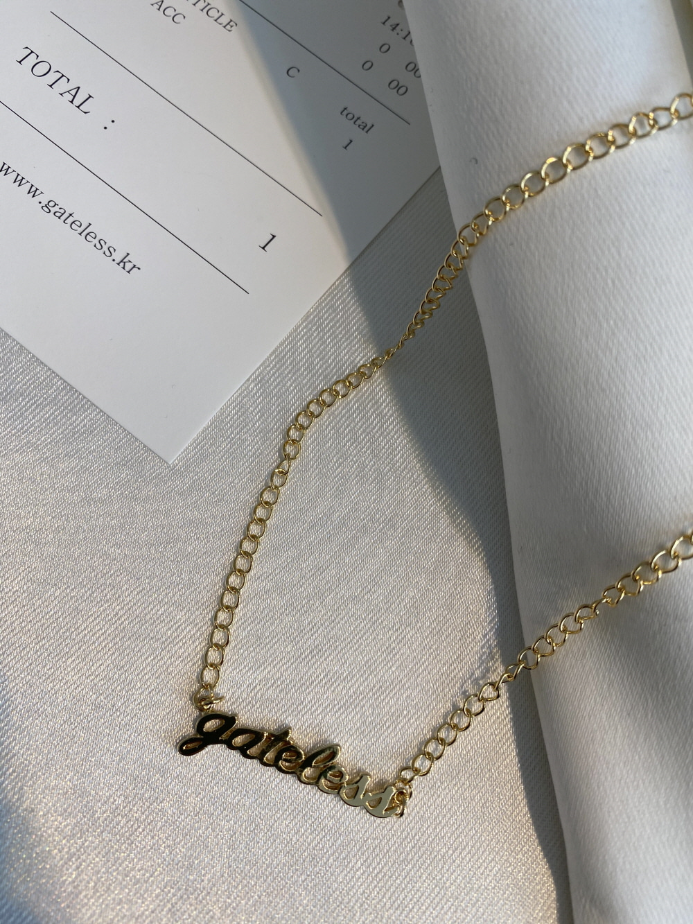 GATELESS LOGO NECKLACE