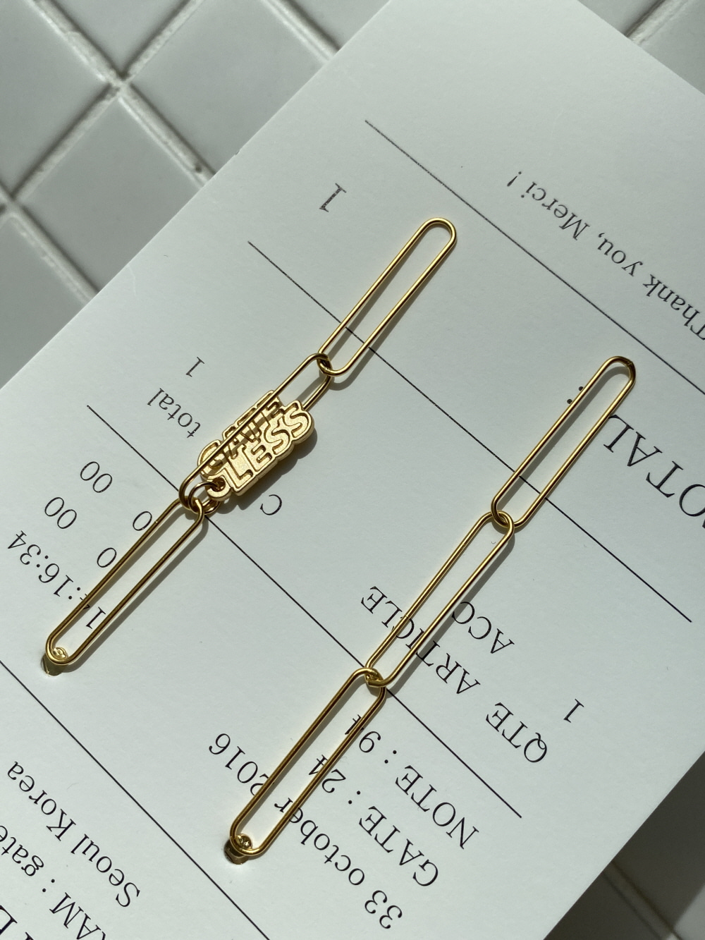 MATT CLIP CHAIN EARRING